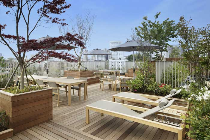 Spacious Rooftop Terrace